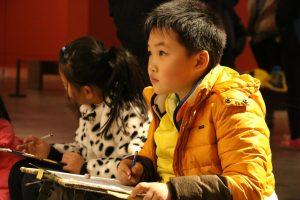 Des enfants en musicothérapie